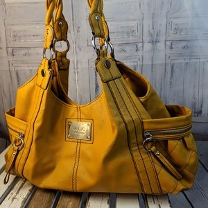 Relic Shoulder handbag purse bag large travel carr